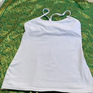 Lululemon tank top build in bra